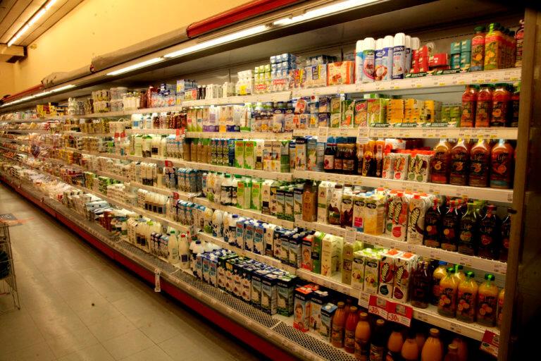 Συμφωνία Πρεσπών: Κίνδυνος για τα ελληνικά προϊόντα από τη Μακεδονία