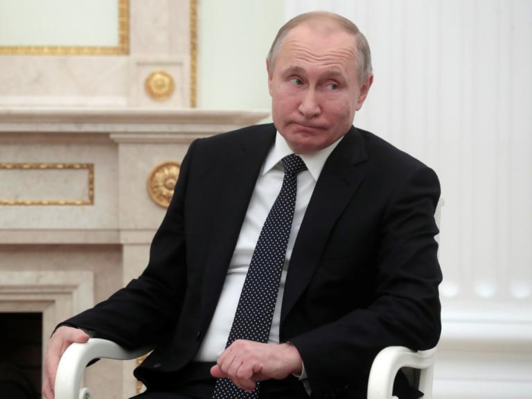 Πούτιν: Κυκλοφορεί πανί με πανί… | Newsit.gr