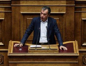 Σταύρος Θεοδωράκης: Απαιτούμε εξηγήσεις για τη νέα απομόνωση της Ελλάδας με Μαδούρο