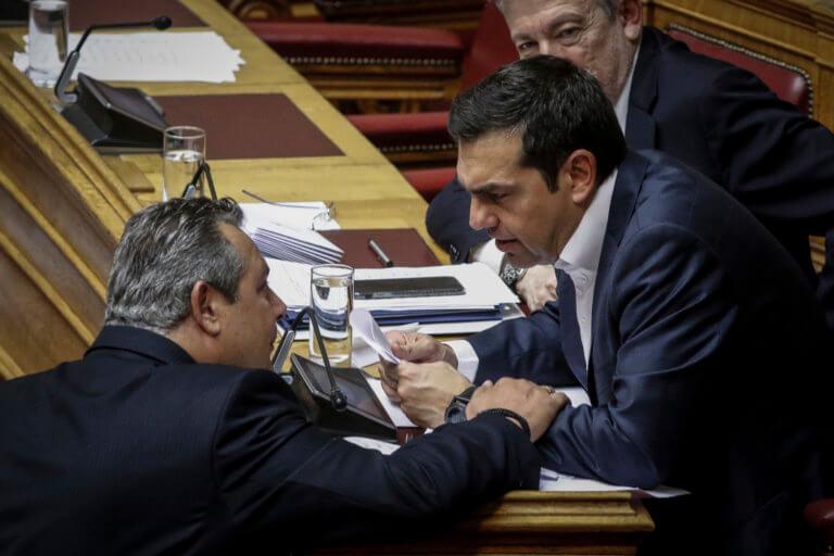 Ψάχνουν άρον-άρον τρόπο να «σώσουν» Καμμένο και ΑΝΕΛ, αλλάζοντας τον Κανονισμό της Βουλής! | Newsit.gr