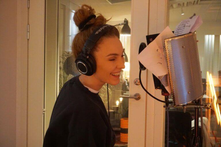Τάμτα: Στη Σουηδία για την ηχογράφηση του «Replay» λίγο πριν την Eurovision 2019! [pics] | Newsit.gr