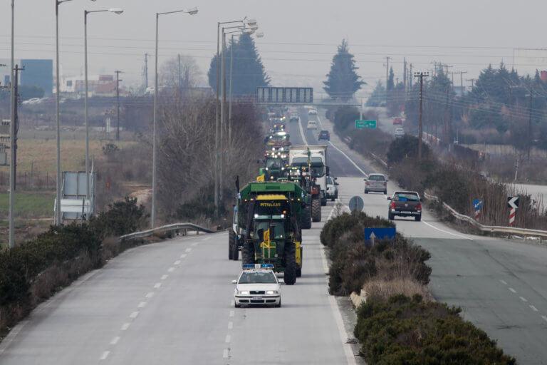 «Βράζουν» οι αγρότες κατά της κυβέρνησης! Τους πάνε… εισαγγελέα για τα μπλόκα   Newsit.gr