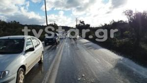 Εύβοια: Κυκλοφοριακό έμφραγμα λόγω πάγου – Δοκιμασία για οδηγούς στην έξοδο του Αλιβερίου [pics]