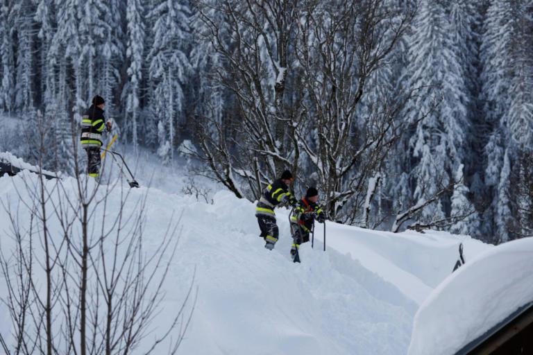 Αυστρία: Χιονοστιβάδα καταπλάκωσε ξενοδοχείο στις Άλπεις [pics]   Newsit.gr
