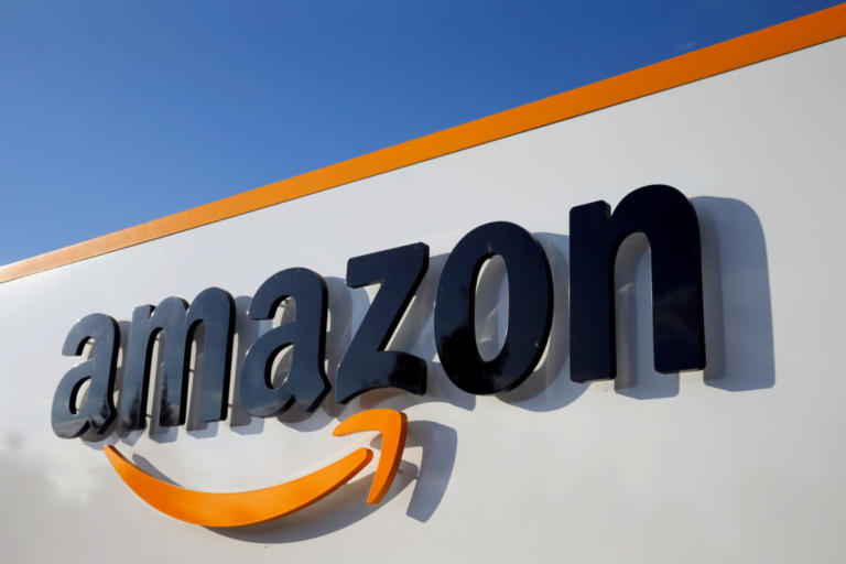 Brexit: Για έξοδο χωρίς συμφωνία κάνει λόγο η Amazon