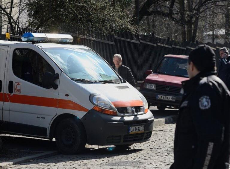 Κουμπί πανικού στα ασθενοφόρα! Παίρνουν τα μέτρα τους οι νοσηλευτές μετά από τις επιθέσεις | Newsit.gr