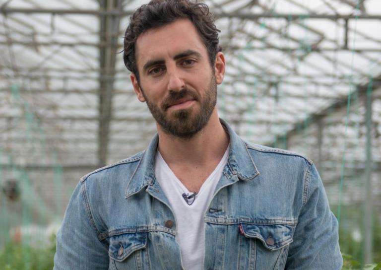 Ο «Μaster Chef» Γιάννης Αποστολάκης είναι γιος του νέου υπουργού Άμυνας! [pics] | Newsit.gr