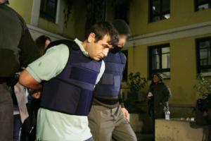 Φυλακές Κορυδαλλού: Ο ένας τον κρατούσε, ο άλλος τον κατέσφαζε!