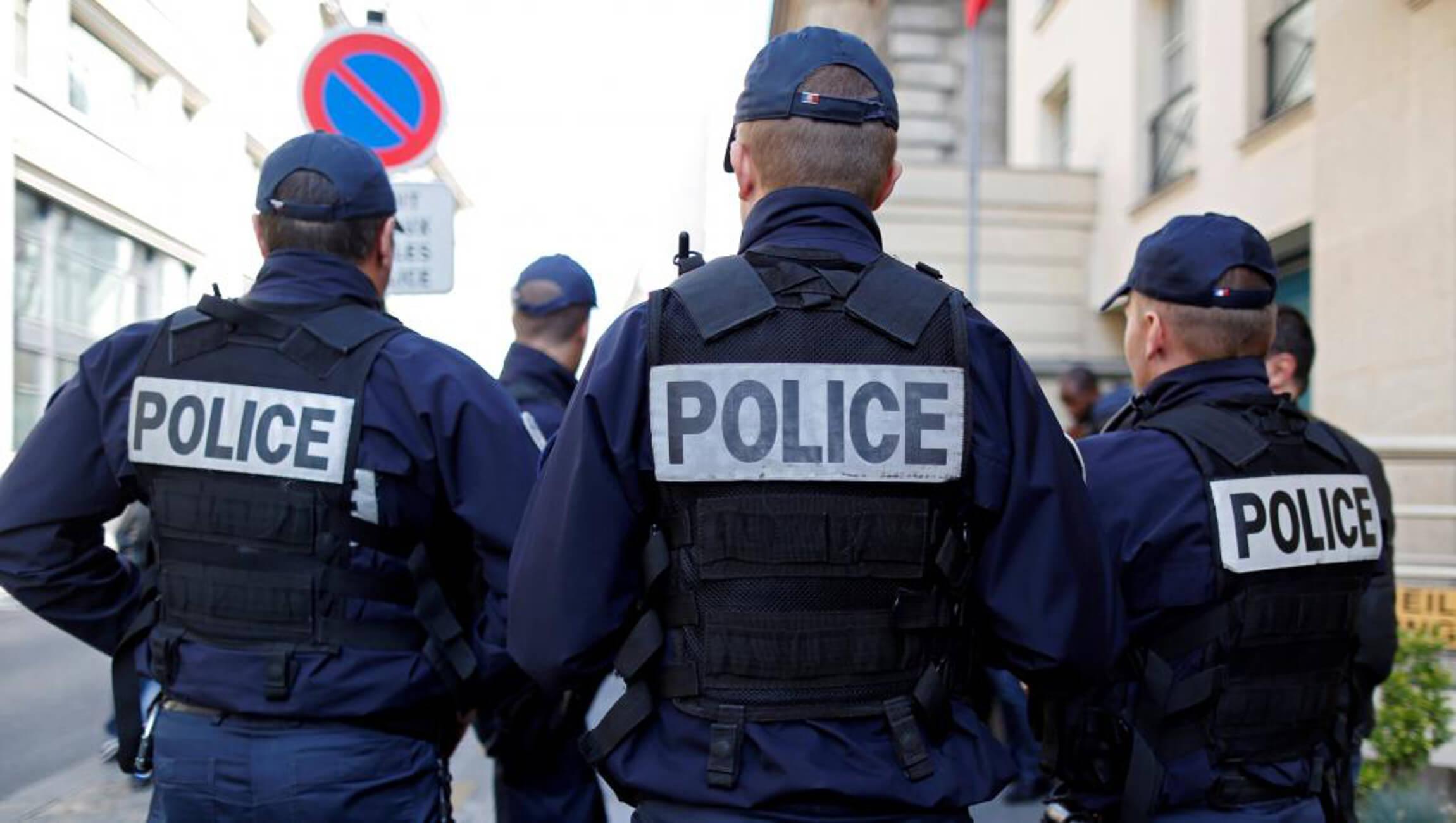 """Κορσική: Πυροβολισμοί στη μέση του δρόμου - """"Ταμπουρώθηκε"""" ο δράστης"""
