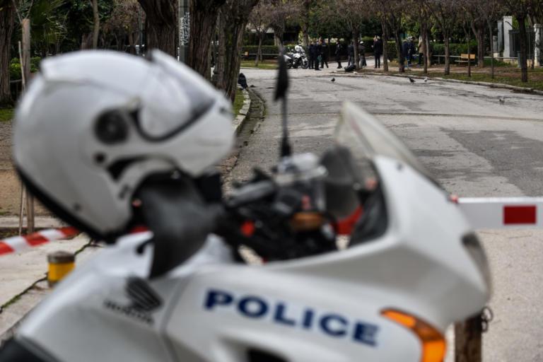 """Έγκλημα στον Πειραιά: """"Πάμε έξω να ξηγηθούμε"""" τα τελευταία λόγια πριν τον πυροβολισμό"""
