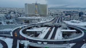 Καιρός: Η χιονισμένη Αττική από ψηλά – Εντυπωσιακό video