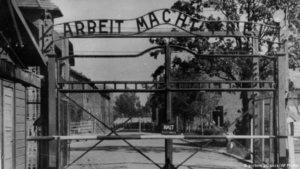 74 χρόνια από το Ολοκαύτωμα