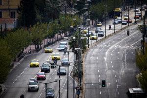 Διπλώματα οδήγησης σε πέντε μέρες και με 15 ευρώ – Όλα όσα αλλάζουν