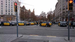 Χάος στην Βαρκελώνη από την απεργία των οδηγών ταξί! video, pics