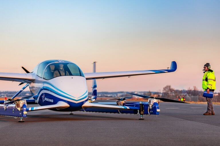 Η πρώτη πτήση του ιπτάμενου αυτοκινήτου της Boeing [vid] | Newsit.gr