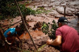 Βραζιλία: Συγκλονιστικό βίντεο επιχείρησης διάσωσης μέσα από τις λάσπες