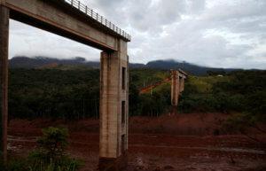 Βραζιλία: Εκκενώνονται χωριά – Κίνδυνος να καταρρεύσει κι άλλο φράγμα – video