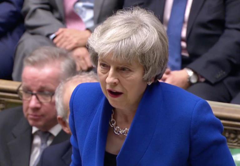 Βρετανία: Παραμένει η Τερέζα Μέι