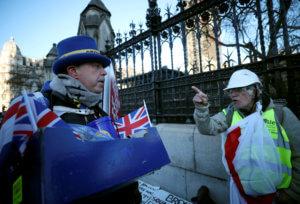 Μυστικό σχέδιο για το Brexit αν αποτύχει ξανά η Τερέζα Μέι στη Βουλή