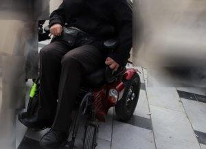 Κρήτη: Σύγκρουση αυτοκινήτου με αναπηρικό σκούτερ! Στο νοσοκομείο η ανάπηρη