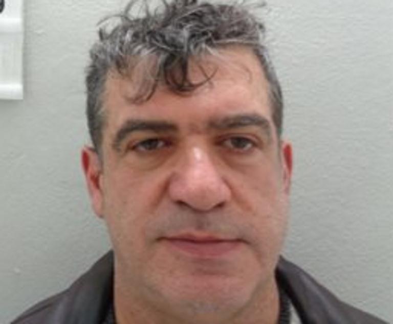 Κρήτη: Αυτός είναι ο καθηγητής που συνελήφθη για ασέλγεια σε μαθήτριές του – Άνοιξαν κλειστά στόματα [pics] | Newsit.gr