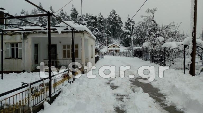 Καιρός: Παραμένουν χωριά αποκλεισμένα στην Εύβοια – video | Newsit.gr