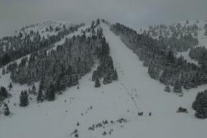 Αρκαδία: Πανέμορφες εικόνες από drone στα χιόνια – Το χιονοδρομικό του Μαινάλου σαν πίνακας ζωγραφικής – video
