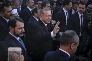 Νέες τουρκικές προκλήσεις: Θα προστατεύσουμε την «τουρκική μειονότητα» στη δυτική Θράκη