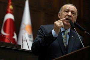 """Ερντογάν ο τιμωρός! Έξι χρόνια φυλακή σε δημοσιογράφο που ήδη """"έφαγε"""" ισόβια!"""