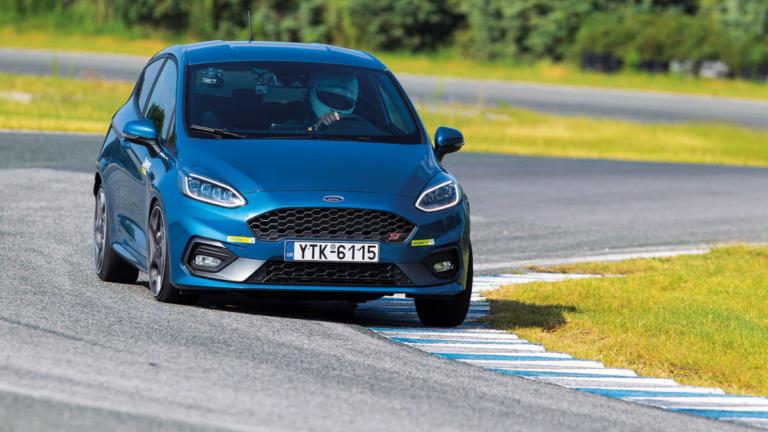 To νέο Ford Fiesta ST συναντά τους ανταγωνιστές του στην πίστα των Σερρών [vid]