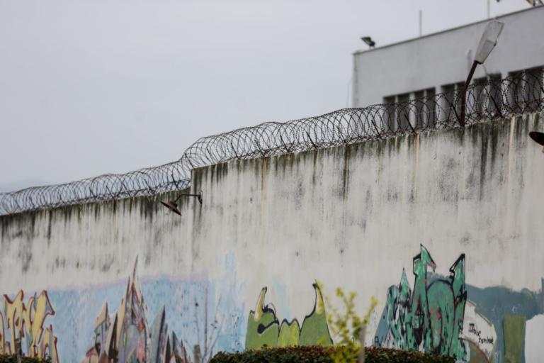 Φιάσκο στις φυλακές Κορυδαλλού: Το υπουργείο Δικαιοσύνης για την απόδραση