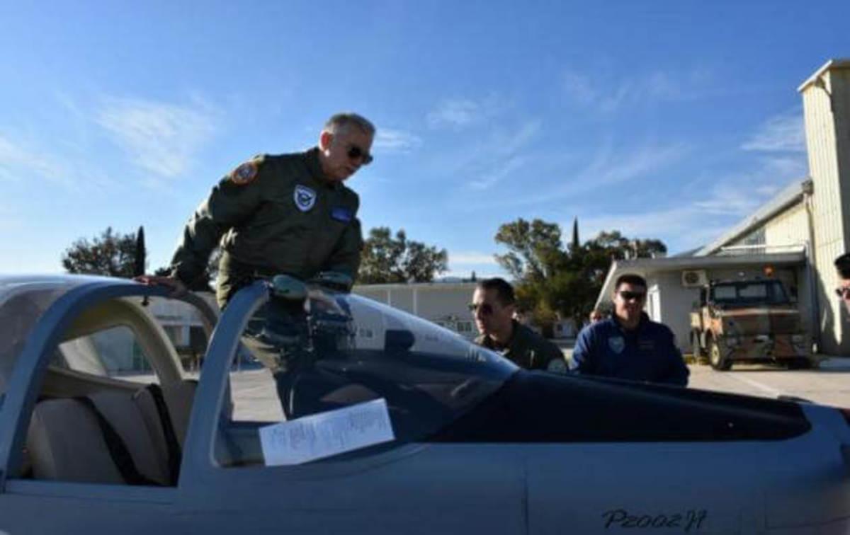 """""""Ιπτάμενος"""" ο Α/ΓΕΑ Αντιπτέραρχος Χριστοδούλου στο Τατόι! – Τι είπε για τα εξοπλιστικά [pics]"""