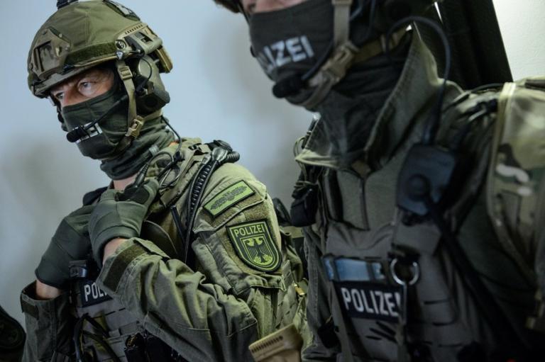 Πυροβολισμοί τώρα στην Κολωνία | Newsit.gr