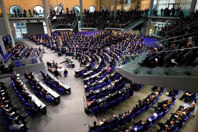 Σε κατάθλιψη οι Γερμανοί – Η ανεργία μειώθηκε λιγότερο από το αναμενόμενο