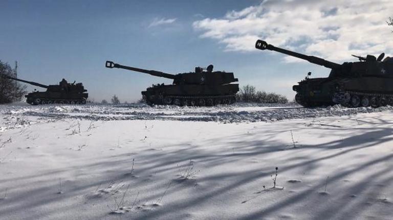 """Δεν """"μασάνε"""" τα κομάντο του Στρατού Ξηράς – Έκαναν ασκήσεις μεσ' τα χιόνια χωρίς προστασία!"""