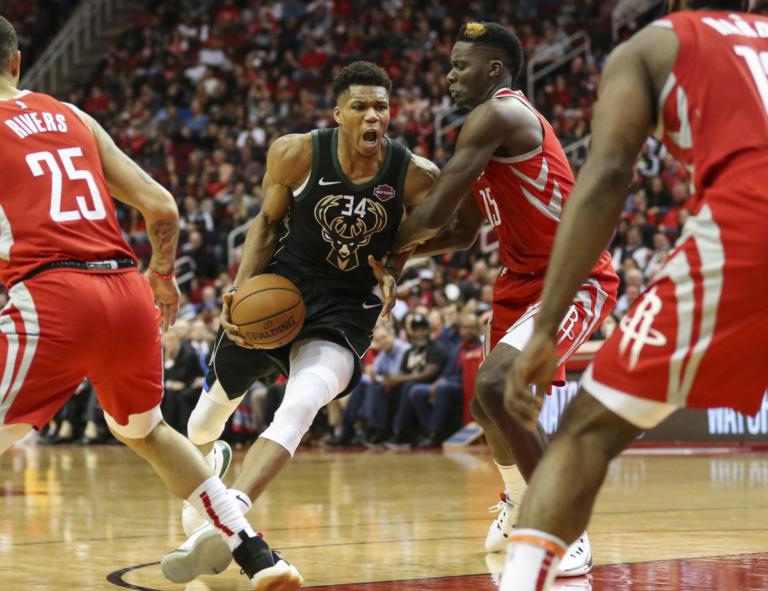 """Με Γιάννη… δεν χάνει! """"Σάρωσαν"""" Αντετοκούνμπο και Μπακς – Τα αποτελέσματα του NBA – video   Newsit.gr"""