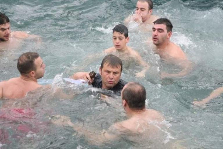 Θα βουτήξει ξανά για τον Σταυρό ο Απόστολος Γκλέτσος | Newsit.gr