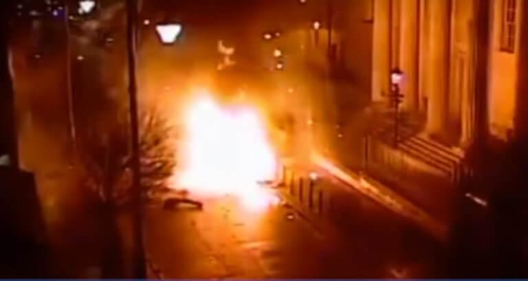 Βόρεια Ιρλανδία: Ο… IRA ανέλαβε την ευθύνη για την έκρηξη στο Λοντοντερί | Newsit.gr