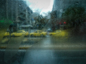 """Καιρός: """"Όμορφο"""" Σάββατο με… καταιγίδες"""