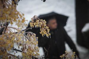 Καιρός: Λίγα χιόνια, καταιγίδες, κρύο κι από αύριο… σκόνη