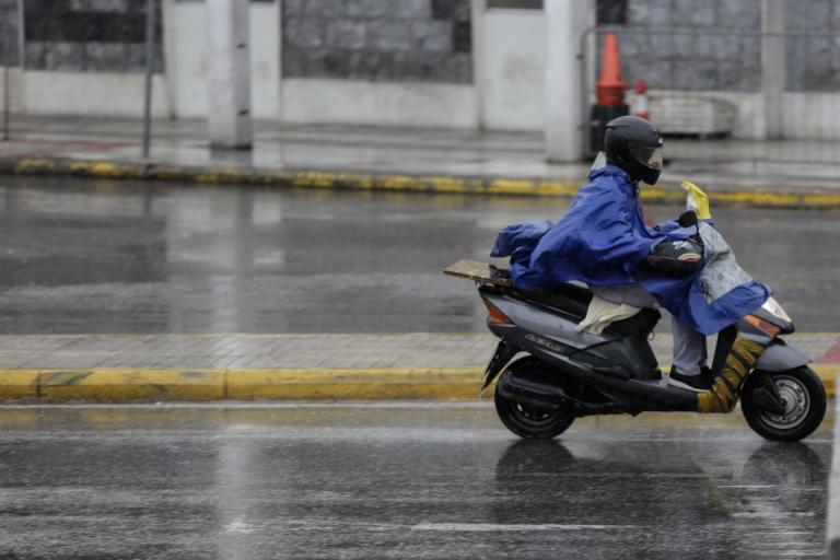 Αρναούτογλου για καιρό: Προσοχή – Έρχονται βροχές και καταιγίδες