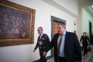 Κρίσιμες ώρες για την συγκυβέρνηση! Οι αποφάσεις Καμμένου και η διάψευση των ΑΝΕΛ για απόσυρση υπουργών