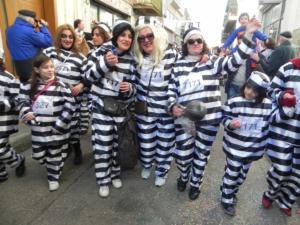 Καστοριά: Γεννηματά και Τεληγιορίδου χορεύουν στο πρώτο καρναβάλι της χρονιάς – video