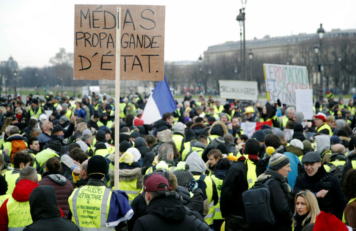 Κίτρινα Γιλέκα: Νέα κινητοποίηση στο Παρίσι – 10ο συνεχόμενο Σαββατοκύριακο