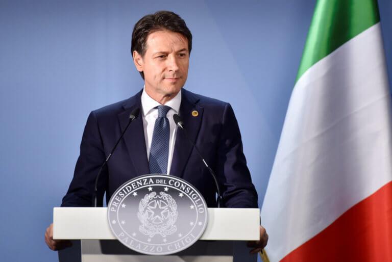 Ιταλία: Ο Κόντε «τελείωσε» υφυπουργό της Λέγκας