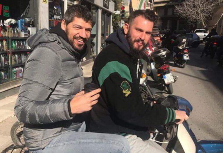 Απίθανος χαβαλές από Παπαδόπουλο σε Φώτση! Η «επική» φωτογραφία του «Λάζου» | Newsit.gr