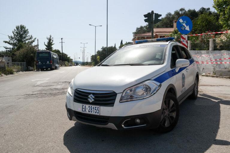 Κέρκυρα: Αποχωρούν οι αστυνομικοί που «φρουρούσαν» τον ΧΥΤΥ Λευκίμμης | Newsit.gr