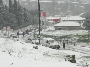 Καιρός: Όλα λευκά στη Λέσβο! [pics]