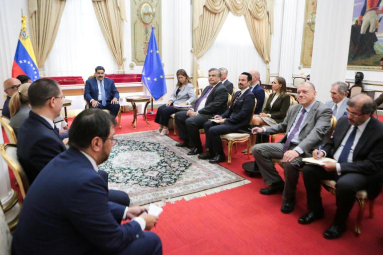 Συνάντηση Μαδούρο με αξιωματούχους της Ε.Ε   Newsit.gr