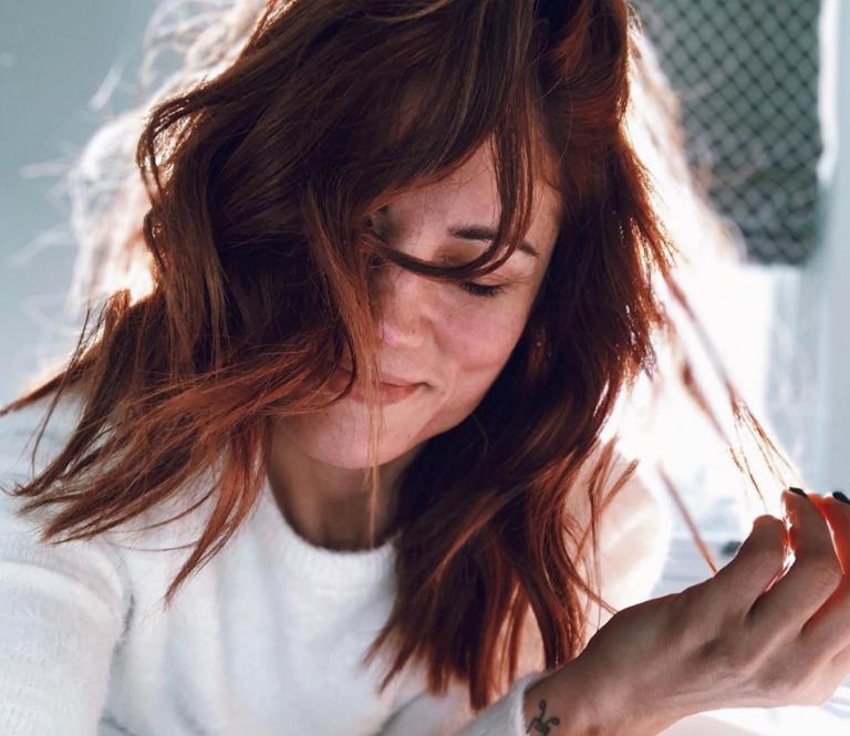 Μαίρη Συνατσάκη: Δεν κρύβει τον έρωτά της για τον Αιμιλιανό Σταματάκη! Video | Newsit.gr